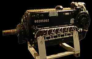 300px-Daimler-Benz_DB_605_airplane_engine.jpg